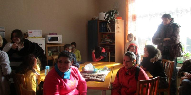 2016 – studenti na exkurzi v Denním centru (1)