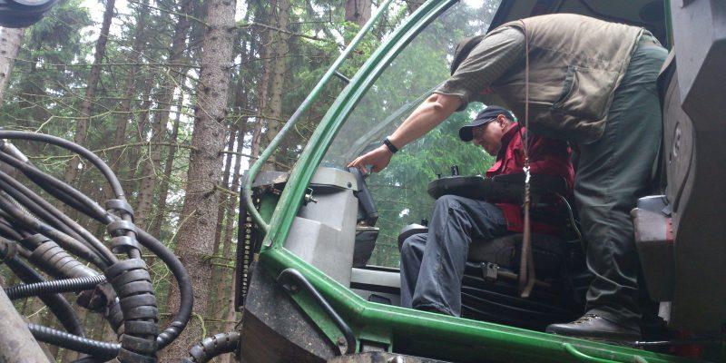 2016-05-25 – Uniles, exkurze lesní práce (20)